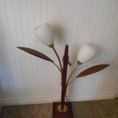 Lampe vintage base en bois