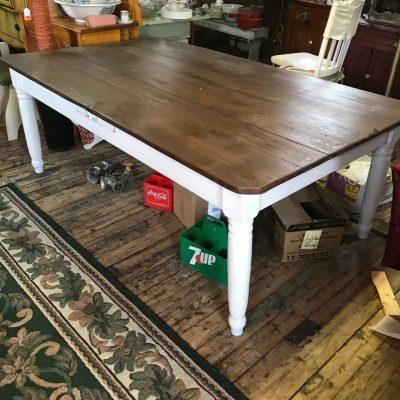 Table de cuisine style camapgnard en bois